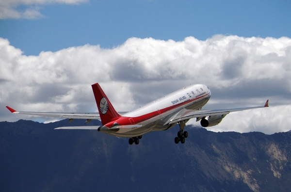318川藏线沿线有哪些机场?在什么地方?