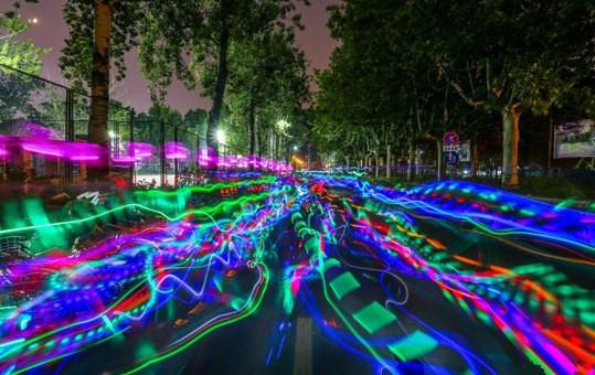 荧光夜跑有哪些好玩的活动