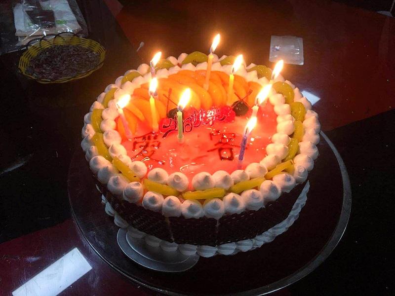 川藏线客人过生日