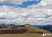 高原上的进藏天路 翻越卡子拉山