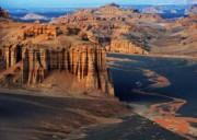 穿越天山、 行走独库公路、南北疆大环线经典线路、遇见网红巴音布鲁克草原 8天7晚   开启新疆探索之旅