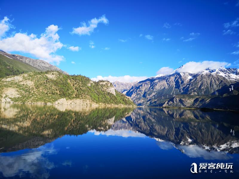 然乌湖的美,是这个夏天最宜人的景色