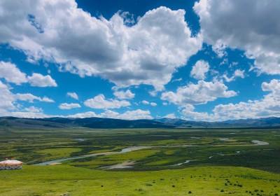 毛垭草原海拔多少米?