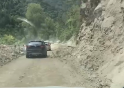 【最新路况】318波密塌方路段通车放行