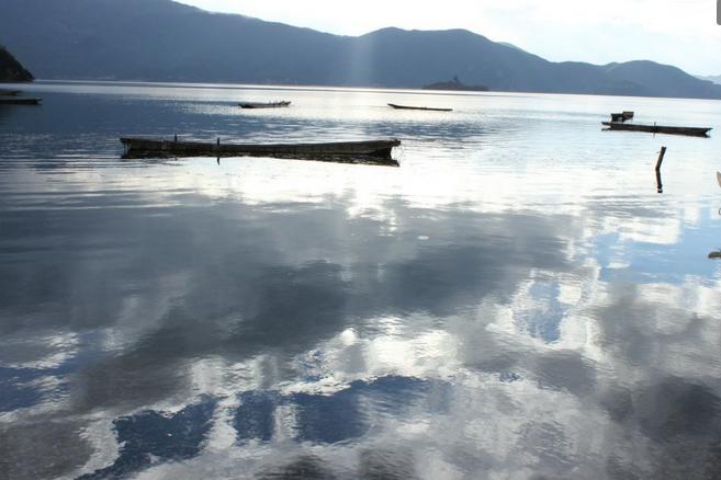 泸沽湖徒步环湖