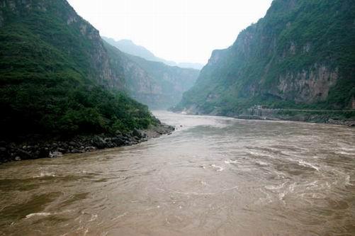 川藏线沿线经过哪些江河?
