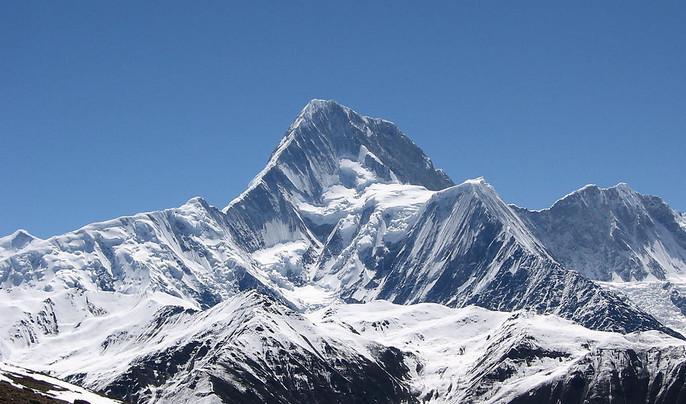 壮观神峰—贡嘎山