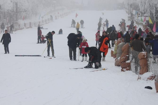 峨眉山滑雪场开放时间