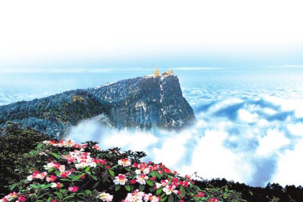 春季去峨眉山旅游看什么