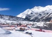成都到鹧鸪山滑雪场多少公里,要几个小时?
